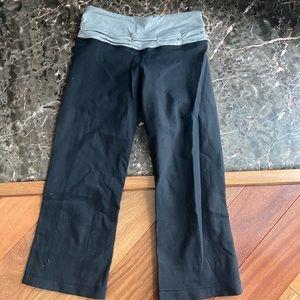 Lululemon Reversible Cropped Yoga Pants Sz 2